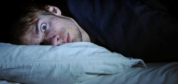 Existe solução para acabar de vez com o pesadelo que é ter insônia
