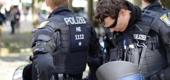 Hamburg police prepared for the G20 summit/ Photo via Flickr/garreydolley