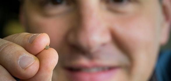 Microsoft successful runs AI on a $10 Raspberry Pi3 microcomputer.