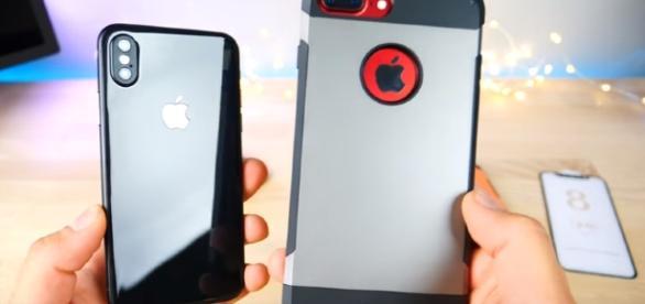 iPhone 8 Prototype - YouTube/EverythingApplePro Channel