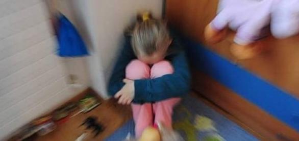 Violenze su ragazzina di 12 anni