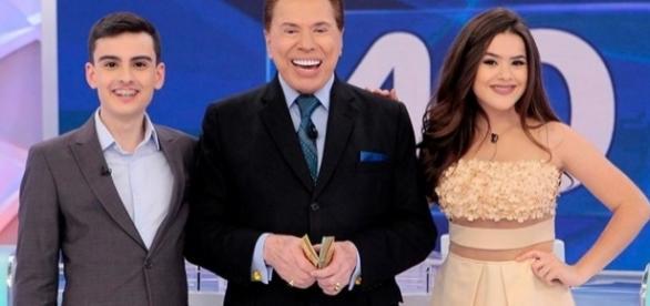 Dudu Camargo, Silvio Santos e Maisa Silva no 'Programa Silvio Santos' (Foto: Reprodução)