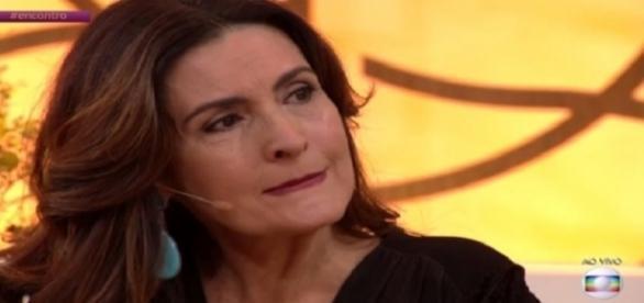 A apresentadora foi pega de surpresa em seu programa (Foto: Reprodução/Globo)