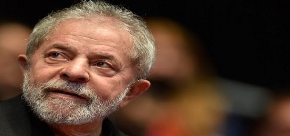Ex-presidente Luiz Inácio Lula da Silva teve dois habeas corpus indeferidos pelo TRF. ( Foto: Reprodução)