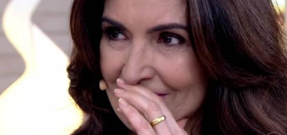 """Fátima Bernardes chora em seu programa """"Encontro"""" (Foto: Reprodução)"""