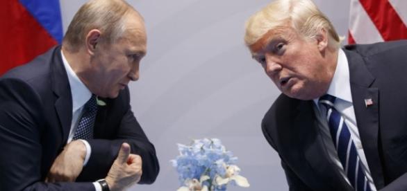 Vladimir Putin e Donald Trump em Hamburgo No Djemberém - blogspot.com