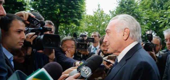 'Crise econômica no Brasil não existe', garante Temer