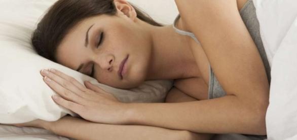 Despertar em determinados horários é um sinal de que algo está errado no corpo
