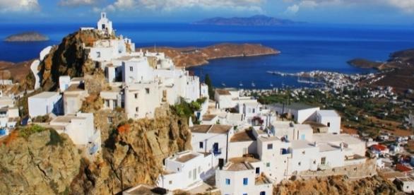 Vista parcial da ilha de Serifos, na Grécia