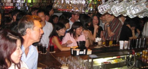 Bar scene (Nick Gray via flickr)