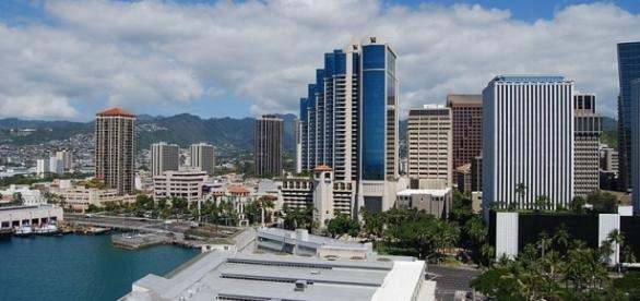 Downtown view of Honolulu (credit – Janine – wikimediacommons)