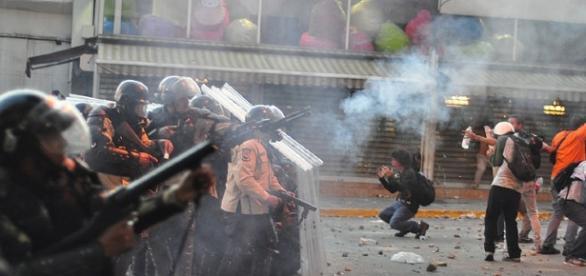 Street protests Venezuela (Andrés E. Azpúrua Wikimedia)