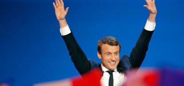 Western media is done with Angela Merkel: Praises Macron as ... - sott.net