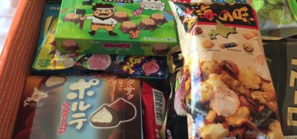 ZenPop boxes are the answers to your Japanese cravings! (via YouTube/Meivu)