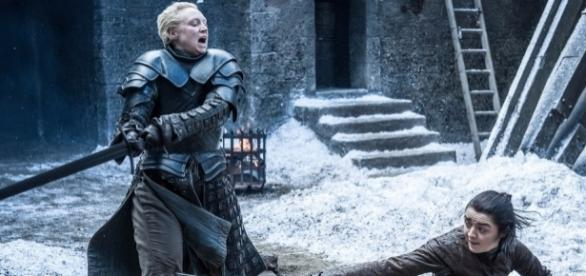 Game of Thrones : L'étrange détail pendant le duel Arya / Brienne