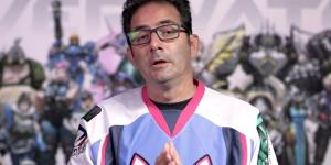 'Overwatch' game director Jeff Kaplan wearing his D.Va jersey. (image source: YouTube/PlayOverwatch)