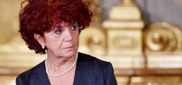 Concorso scuola per docenti 2018: ultime novità sul decreto Miur per i costi dei crediti formativi.