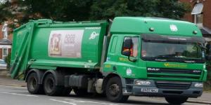 Refuse workers are striking due to a dispute with Birmingham City Council (Retroscania! via Flikr).