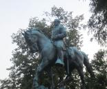Robert E. Lee statue in Charlottesville via Wikipedia Commons, Author: Billy Hathorn