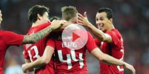 Internacional - Jogadores comemorando gol