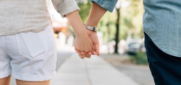 Free photo: Holding Hands, Couple - Free Image on Pixabay - 1149411 - pixabay.com