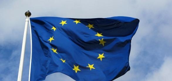 The European Union flag now symbolizes unity and power (Ssolbergj via Wikimedia Commons)