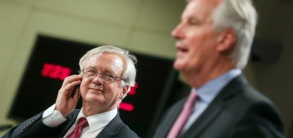 Brussels to break vow not to talk trade in Brexit talks – POLITICO - politico.eu