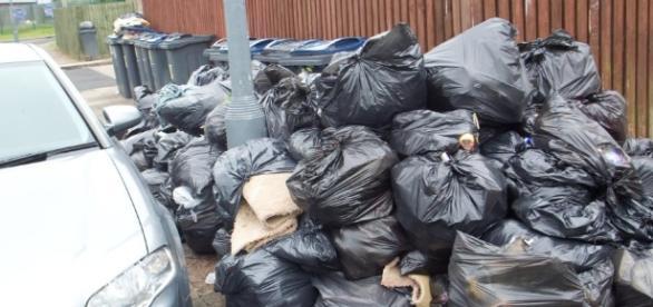 Birmingham bin strikes leave city covered in rubbish | Metro News - metro.co.uk