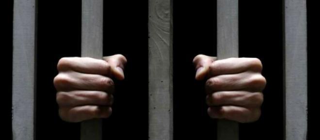 Bari, carceri in protesta: il cibo viene devoluto in beneficenza