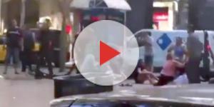 Ecco i video più significativi dell'attentato a Barcellona