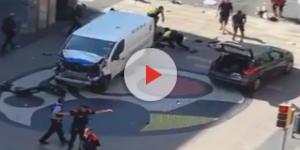 Il furgone usato dagli attentatori sulla Rambla