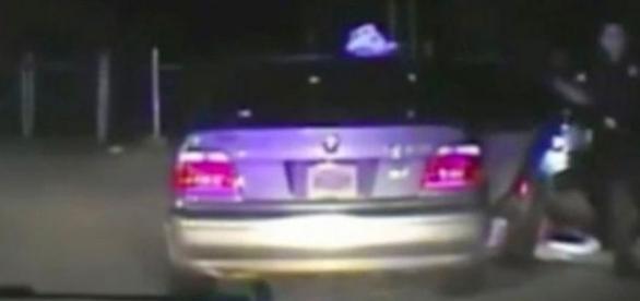 """Polițiști acuzați că au efectuat o """"căutare vaginală"""" ilegală după ce au oprit o tânără în trafic - Foto: The Harris County Police Department"""