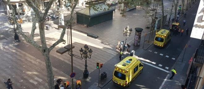 Barcellona nel terrore per un attentato