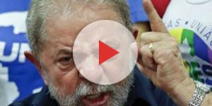 Homenagem ao ex-presidente Lula foi barrada.