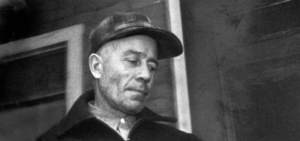 The Real Texas Chainsaw Massacre: How Ed Gein Inspired Classic ... - denofgeek.com