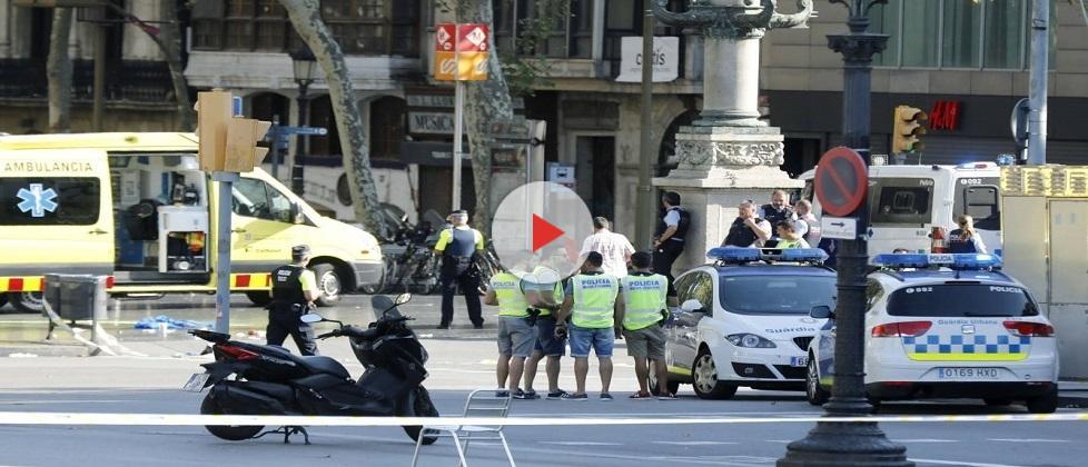 Polícia espanhola afirma que autor de ataque em Barcelona ainda está foragido