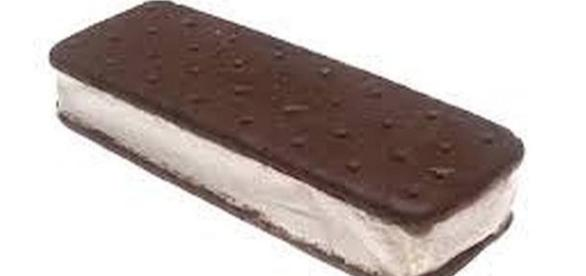 August 2 is National Ice Cream Sandwich Day [Image: commons.wikipedia.org]
