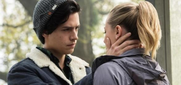 Cole Sprouse And Lili Reinhart: This Is What Happens When The ... - inquisitr.com