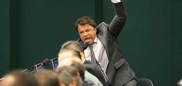 Deputado Wladimir Costa é conhecido por ações espalhafatosas
