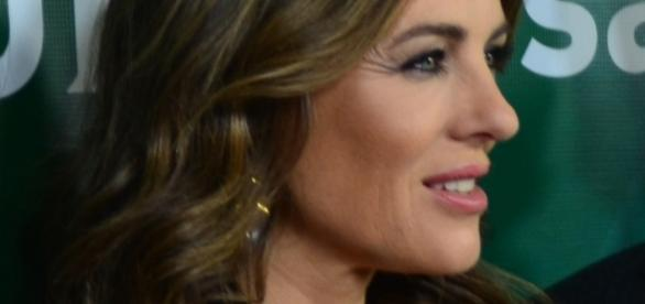 Elizabeth Hurley shares weight loss secrets. Source Wikimedia Mingle Media TV