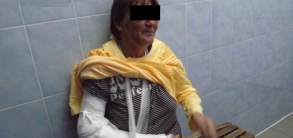 Românca de 69 de ani bătută crunt şi jefuită în Italia