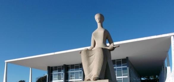 Segunda Turma do STF concedeu habeas corpus e deslocou a competência do caso para o TRF-1