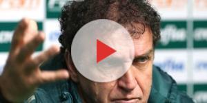 Cuca, técnico do Palmeiras, concede coletiva no CT