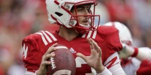 Tanner Lee named Nebraska's No. 1 quarterback after spring ... - usatoday.com
