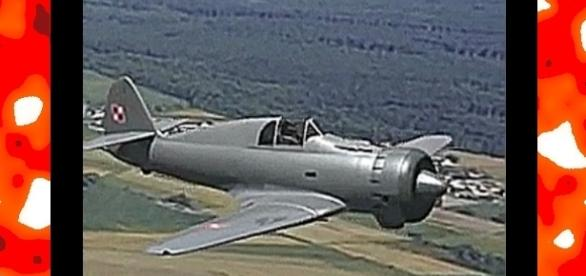 PZL P.50 sollte der erste polnische Tiefdecker-Jagdflugzeug sein. YouTube-Bildfenster