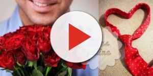 Um homem apaixonado revela o seu verdadeiro amor de diversas formas
