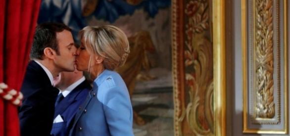 Brigitte Macron permettra-t-elle à son époux d'expliquer son programme autrement que par l'image ?