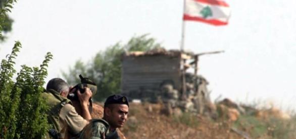Militari dell'esercito regolare libanese