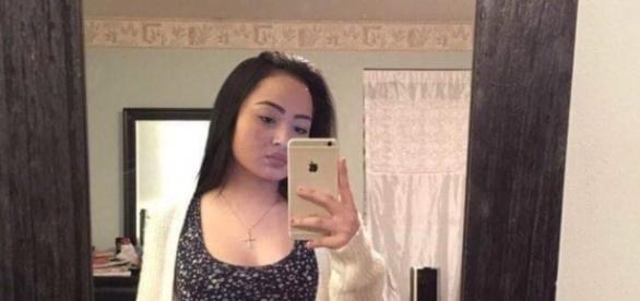 Una giovane ha minacciato di abortire se non avesse ottenuto 4000 retweet