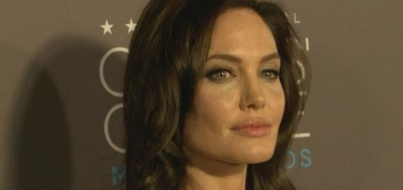 Angelina Jolie - Entertainment Tonigh/YouTube Screenshot